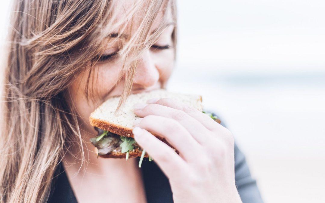Aktywność fizyczna czy sposób odżywiania – co ma większy wpływ na utratę wagi?